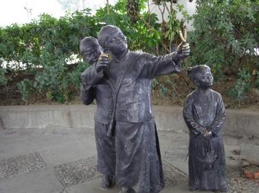 中国风玻璃钢雕塑